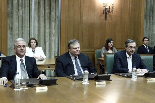 Γιατί διάλεξαν Αβραμόπουλο ο Σαμαράς και ο Βενιζέλος; Όλο το παρασκήνιο της επιλογής του νέου Έλληνα Επιτρόπου στην Κομισιόν