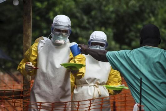 Λιβερία: Κλείνει τα σύνορα για να περιορίσει την εξάπλωση του ιού Έμπολα!