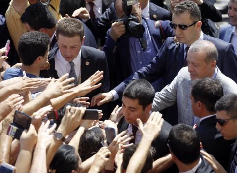 Έγραψε ιστορία ο Ερντογάν – Έγινε ο πρώτος πρόεδρος Τουρκίας που εκλέχθηκε από το λαό