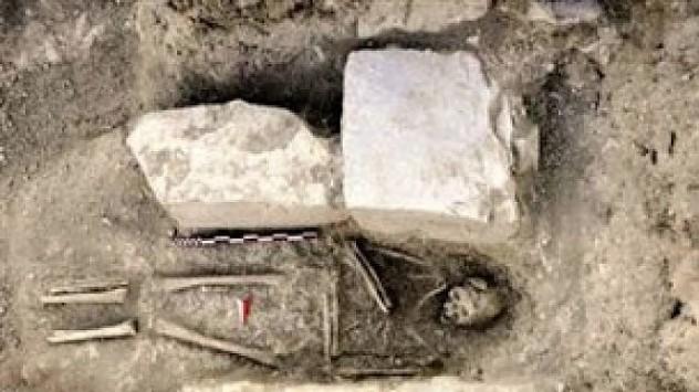 Μετά την Αμφίπολη, νέο σπουδαίο αρχαιολογικό εύρημα! - Βρέθηκε ο πρώτος ανθρώπινος τάφος στην Κύπρο