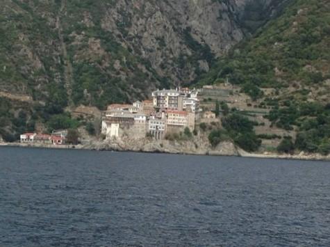 Αγνοείται μοναχός στο Άγιον Όρος ο οποίος έπεσε από βάρκα - Μεγάλη επιχείρηση του Λιμενικού σε εξέλιξη