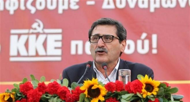 """Ιστορική μέρα για την Πάτρα - Ορκίστηκε ο """"κόκκινος"""" Πελετίδης"""