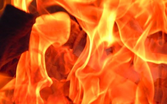 Νεκρό άτομο βρέθηκε μετά από φωτιά σε υπόγειο στην Κυψέλη