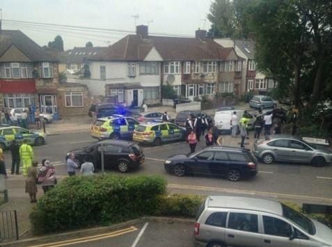 Πανικός στο Λονδίνο! - Βρέθηκε γυναίκα αποκεφαλισμένη σε αυλή