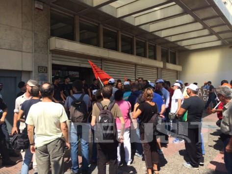 Στους δρόμους ξανά η ΠΟΕ - ΟΤΑ - Ολοκληρώθηκε η πορεία διαμαρτυρίας για την αξιολόγηση (PHOTOS)