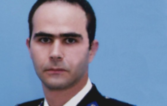 """Αυτός είναι ο πυροσβέστης - ήρωας που πέθανε στο Παλαιό Φάληρο - """"Τελειώνει το οξυγόνο μου, ελάτε"""" ήταν τα τελευταία του λόγια"""