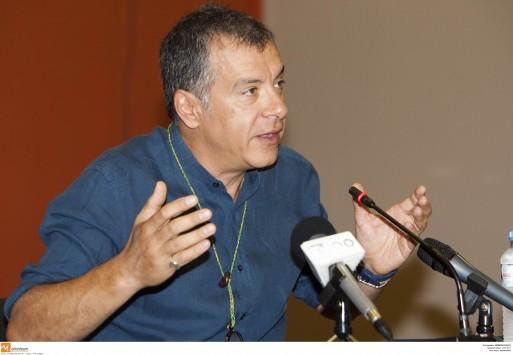 Ο Θεοδωράκης προτείνει Αλιβιζάτο για Πρόεδρο της Δημοκρατίας