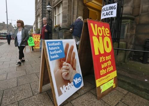 """Κοντά στο 54% το """"όχι"""" στην ανεξαρτησία της Σκωτίας"""