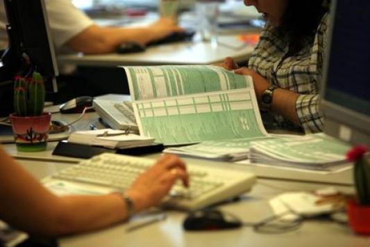 Αυτοί είναι οι φόροι που θα μειωθούν – Το σχέδιο της κυβέρνησης μετά το κάζο με τον ΕΝΦΙΑ