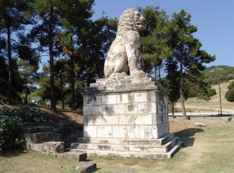 Αμφίπολη: η Ολυμπιάδα και ο λέων που δείχνει... άλλον νεκρό