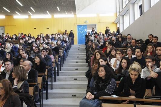 Τροπολογία στη Βουλή για τις μετεγγραφές φοιτητών - Τι αλλάζει και ποιές διατάξεις τροποποιούνται... μόνο για φέτος
