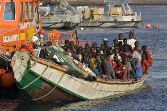 Νέα τραγωδία με μετανάστες στη Λιβύη – Τουλάχιστον 10 νεκροί σε ναυάγιο