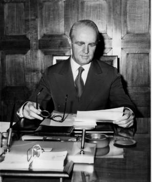 40 χρόνια ΝΔ: Κωνσταντίνος Καραμανλής: Η Ιστορία του ιδρυτή της παράταξης