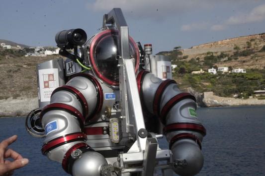 Νέα Αμφίπολη το ναυάγιο των Αντικυθήρων - O... Ironman στο βυθό της θάλασσας! (ΦΩΤΟ)
