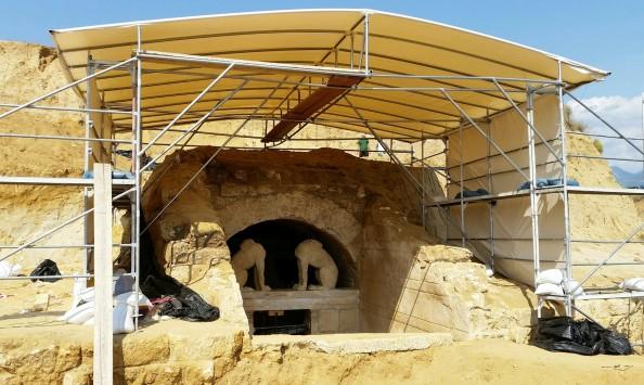 Αμφίπολη: τώρα ξεκινάει ο τάφος! – Άφωνοι οι επιστήμονες από τη μοναδική κατασκευή