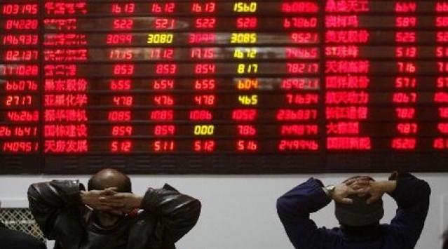 Βυθίζεται το Χρηματιστήριο - Τριψήφιος ο Δείκτης - Εκτίναξη στα spreads