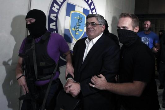 Σε δίκη παραπέμπονται όλοι οι βουλευτές της Χρυσής Αυγής για σύσταση εγκληματικής οργάνωσης!