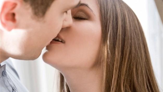 Γιατί τα Ελληνόπουλα δεν προσέχουν στο σεξ;