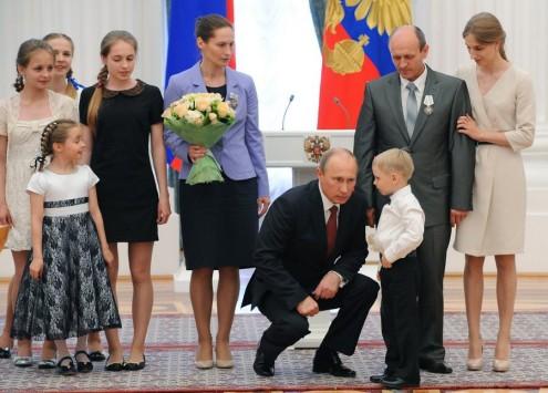 Η γυναίκα που ονειρεύεται το... σπέρμα του Πούτιν!
