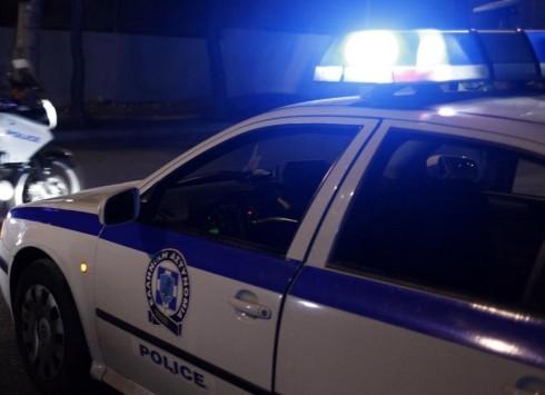 Αστυνομικοί εντόπισαν και συνέλαβαν κατηγορούμενο για βιασμό