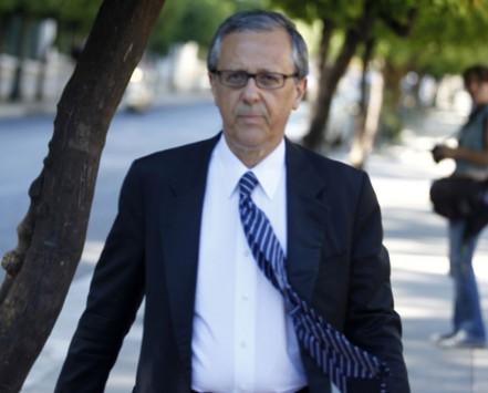 Μπαλτάκος: «Ψάχνουμε στρατιωτικό να ηγηθεί του κόμματος»