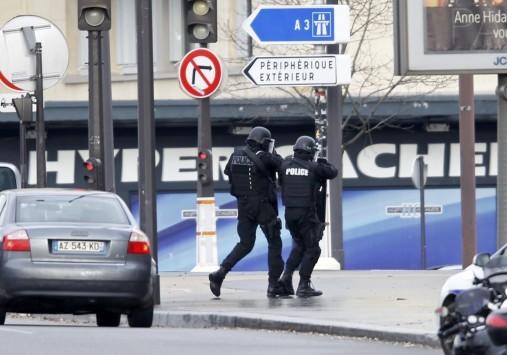 Πώς έφτασε η Γαλλία να πενθεί σε 48 ώρες 17 νεκρούς - Οι παλινωδίες των γαλλικών αρχών