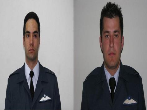 Αυτοί είναι οι δυο πιλότοι που έχασαν τη ζωή τους στο δυστύχημα με το F16 στην Ισπανία – Αφήνουν πίσω τους ορφανά παιδιά