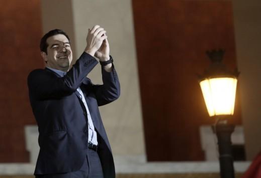 Δημοσκόπηση: 7/10 Έλληνες πιστεύουν ότι ο Τσίπρας θα τα καταφέρει
