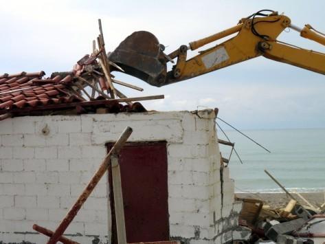 Χαμός με τα αυθαίρετα στην Αλβανία - Χτίστηκαν 427.000 από το 1992
