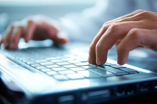 ΟΑΕΔ: Δωρεάν μαθήματα πληροφορικής σε ανέργους σε συνεργασία με τη Microsoft