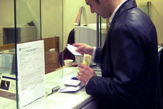 Δημόσιο: Στάση πληρωμών για 230.000 άτομα που λαμβάνουν μέρισμα