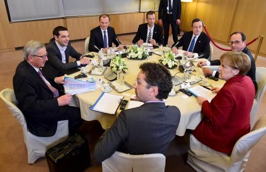 Η Ελλάδα κέρδισε χρόνο λίγων ημερών - Περιμένουν κατάλογο με κοστολογημένα μέτρα - Η ενόχληση Γιούνκερ για τα τεχνικά κλιμάκια
