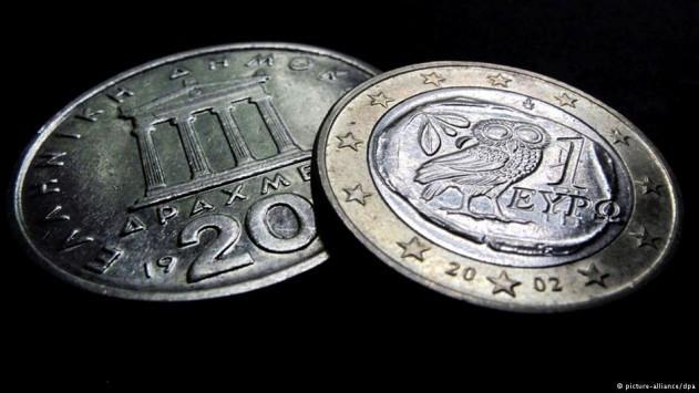 Financial Times: Η χρεοκοπία δεν οδηγεί την Ελλάδα στη δραχμή