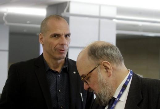`Ξύλο` στο Eurogroup - Βατερλώ για την Ελλάδα! - Επιθέσεις στον Βαρουφάκη - Τον είπαν ερασιτέχνη και τζογαδόρο! - Δώστε μια πετσέτα στον Έλληνα!