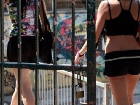 Πάτρα: Σεξ στο προαύλιο σχολείου - Οι απίστευτες εικόνες και η απόφαση του διευθυντή για να αλλάξει την κατάσταση!