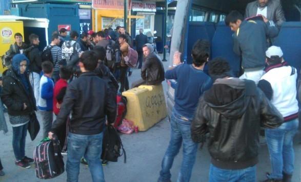 Λέσβος: 322 μετανάστες πάτησαν στο νησί με το πρώτο φως της μέρας - ΒΙΝΤΕΟ