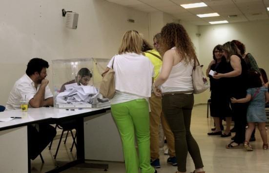 Τρίπολη: Οι εκλογές του Ιούνη - Στήθηκαν κάλπες και ψήφισαν 52 άτομα στο Ελαιοχώρι!
