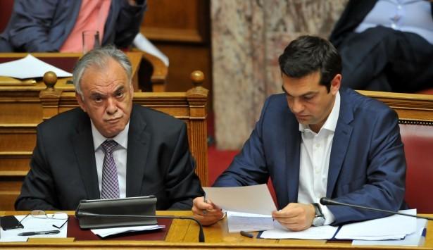 Financial Times: Με ''ναι'' στο δημοψήφισμα παραιτείται ο Τσίπρας και αναλαμβάνει ο Δραγασάκης – Με ''όχι'' Grexit