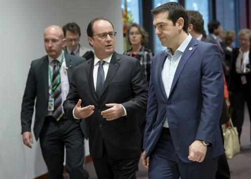 Σύνοδος Κορυφής Live: Τα τέσσερα `θέλω` του Τσίπρα - Νέα διακοπή για διαβουλεύσεις - Διεθνή ΜΜΕ: Μέρκελ, Ολάντ, Γιούνκερ δεν θέλουν προσωρινό Grexit