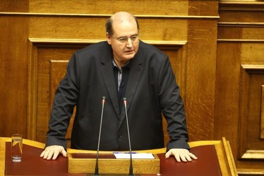 Βουλή LIVE - Φίλης: Μην ολοκληρώσουμε το πραξικόπημα που ξεκίνησε προχθές