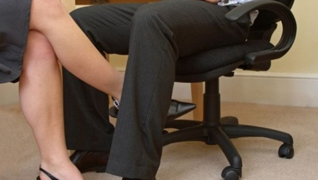 Σε ποιες δουλειές είναι πιο πιθανό το... σεξ στο γραφείο
