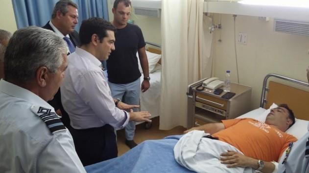Ο πρωθυπουργός επισκέφθηκε τους πιλότους του Canadair - ΦΩΤΟ