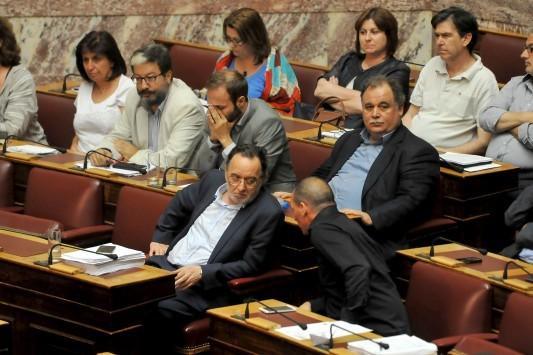 Απορρίπτει τα πάντα η Αριστερή Πλατφόρμα μέσα στον ΣΥΡΙΖΑ - Ανοιχτό πόλεμο στον Τσίπρα