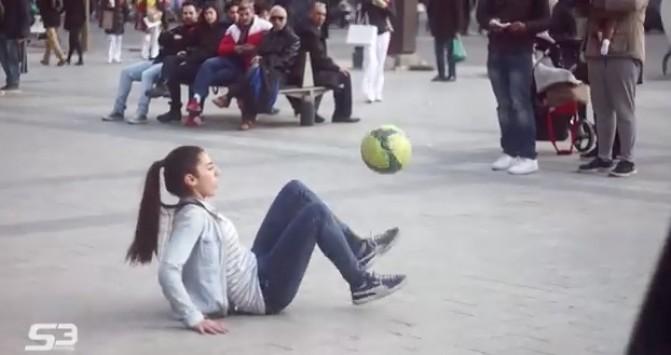 Απίστευτες ποδοσφαιρικές ικανότητες ...και τα καλύτερα βίντεο της Δευτέρας