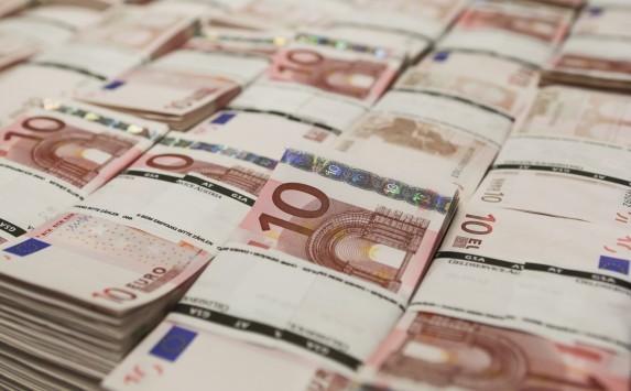 Διαγράφονται χρέη σε τράπεζες και Δημόσιο έως 20.000 ευρώ! Ποιά είναι τα κριτήρια