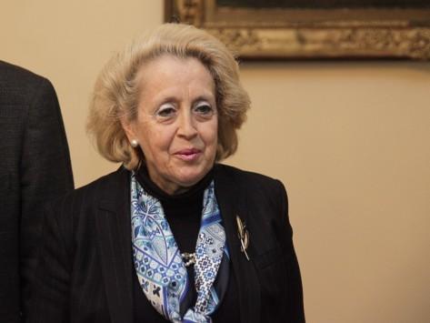 Πτώση της κυβέρνησης και... γυναίκα πρωθυπουργός για πρώτη φορά στην Ελλάδα!