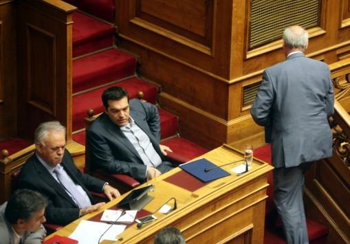 Εκλογές – `Σφαγή` Τσίπρα – Μεϊμαράκη με το βλέμμα στις κάλπες - `Είσαι προσωρινός`