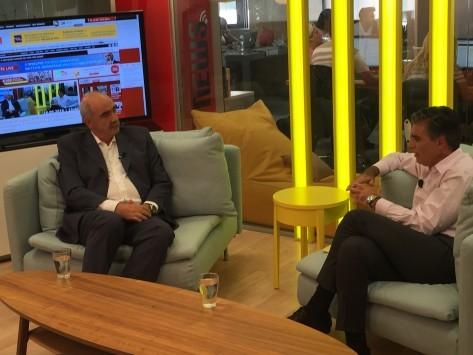 Μεϊμαράκης στο Newsit.gr: Ποιός δεν θα ήθελε τον Πανούση για υπουργό; Για Φλαμπουράρη: Ο Τσίπρας έχει τώρα τη δική του Λίστα Λαγκάρντ