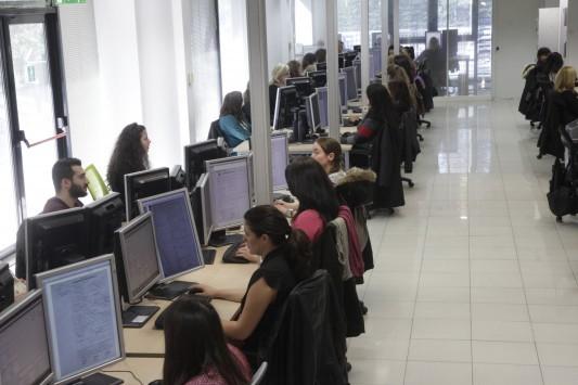 Δημόσιο: 15.000 προσλήψεις μόνιμων και εποχικών σε τρεις μήνες