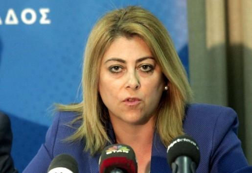 Δεν παραιτείται η Κατερίνα Σαββαΐδου! Απειλεί με μηνύσεις και... αγνοεί την `εντολή` Τσίπρα!